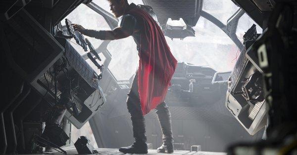 Thor vs Hulk? Strongest Avenger