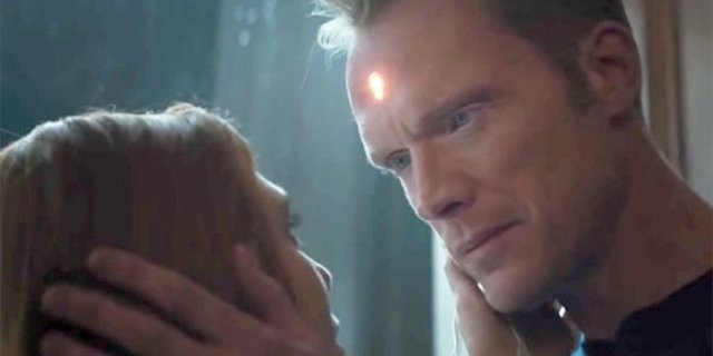 Elizabeth Olsen & Paul Bettany